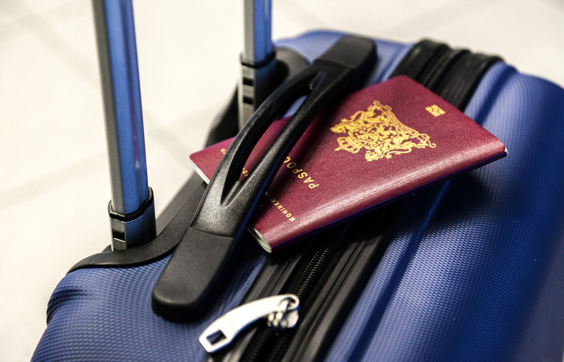 passport-2733068_1920